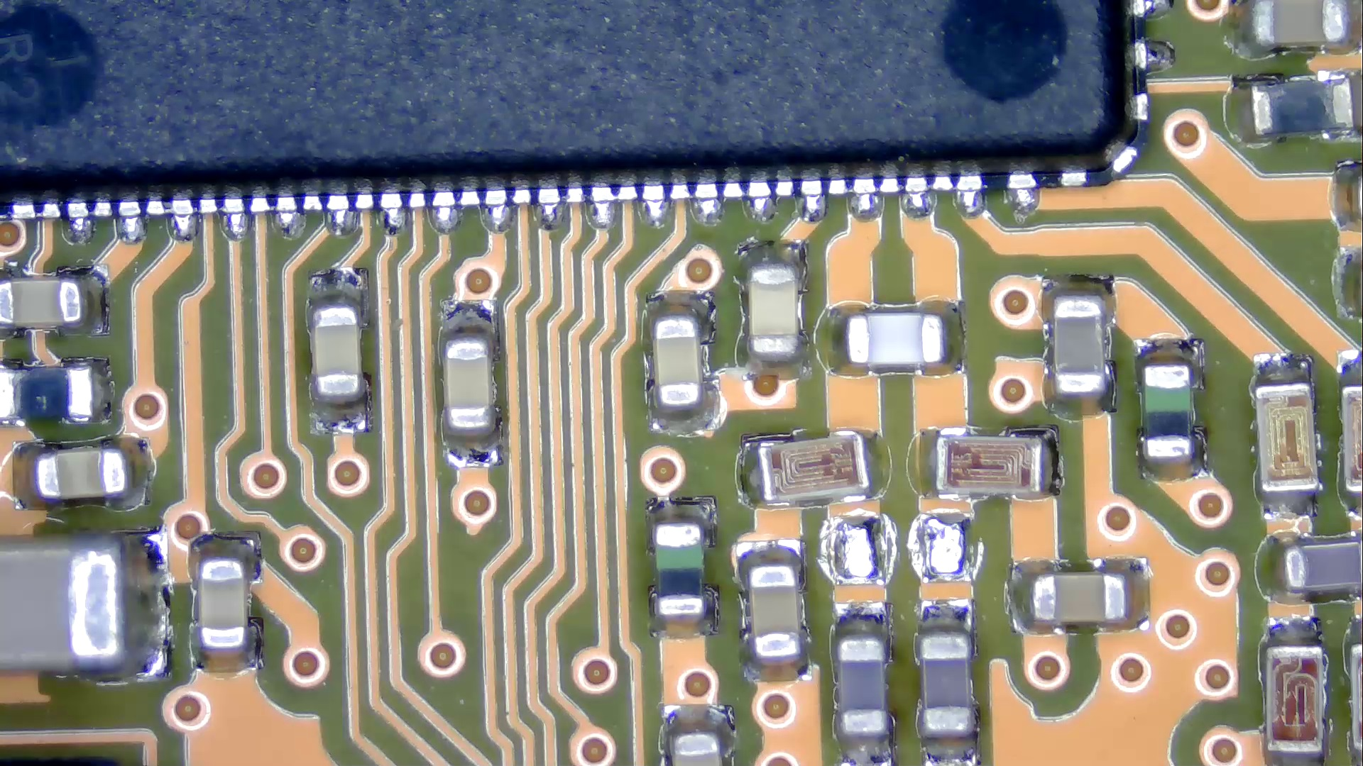 SMD_parts_10cm_x0.7